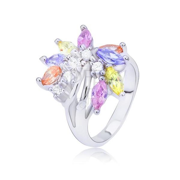 Srebrni prsten sa lepezom cirkona u boji
