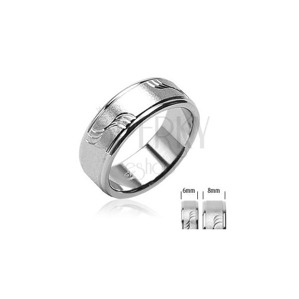 Mat čelični prsten s valovima i sjajnim rubovima