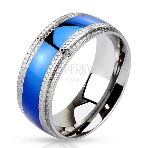 Čelični prsten - plava traka u sredini, nazubljeni rubovi