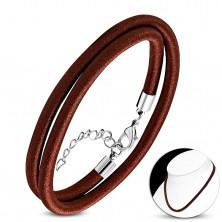 Ogrlica omotana uokolo sa sjajnim navojem čokoladno smeđe boje, karabin kopča