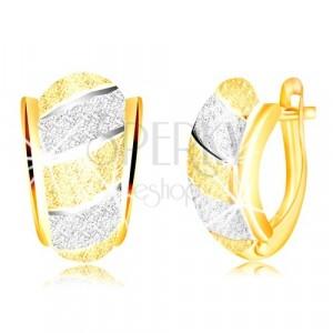 585 zlatne svjetlucave naušnice – asimetrični luk, pruge, pjeskarena površina