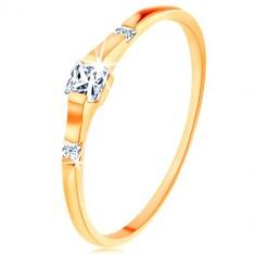 Prsten od zlata 375 - tri prozirna cirkonska kvadrata, sjajni i glatki krakovi