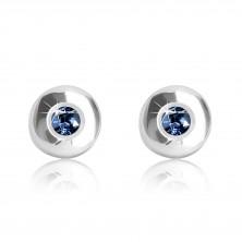 Naušnice od 375 bijelog zlata - sjajni krug sa tamno plavim safirom, 5 mm