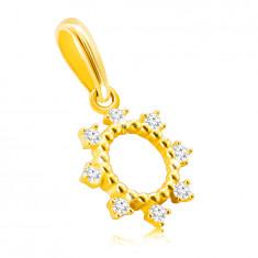 14K zlatni privjesak - prsten s tankim zupcima, svjetlucavi okrugli cirkoni