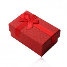 Pravokutna kutija za prsten, privjesak i naušnice, crvena mat površina, mašna