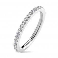 Uski vjenčani prsten od čelika s ugrađenim prozirnim cirkonima, srebrne boje