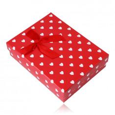 Poklon kutija za lančić ili set - bijela srca, crvena podloga