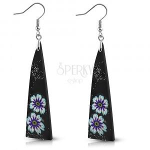 FIMO naušnice - crni trokuti ukrašeni cvijećem i šljokicama, kukice