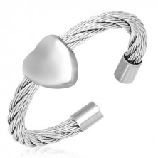 Prsten od upletene žice sa srcem